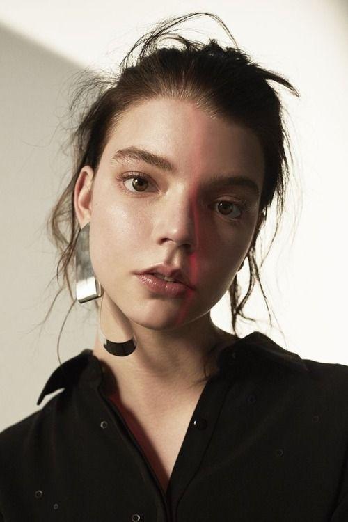 Anya Taylor-Joy No Makeup Natural Look