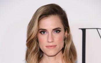 Allison Williams Without Cosmetics
