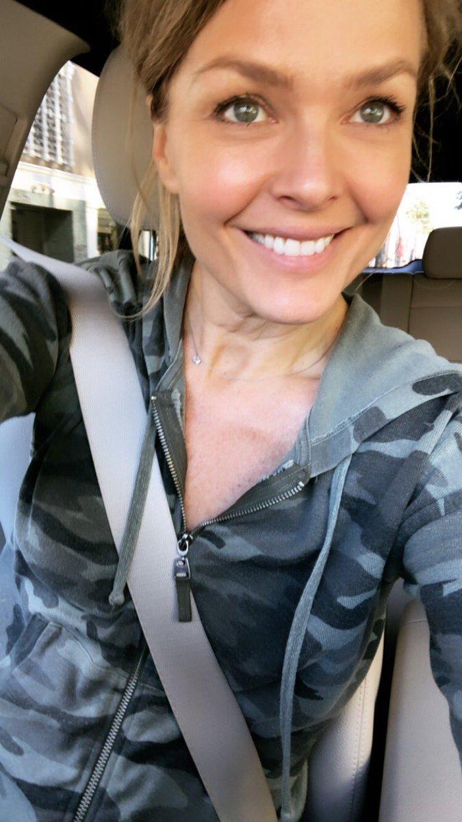 Dina Meyer No Makeup Natural Look