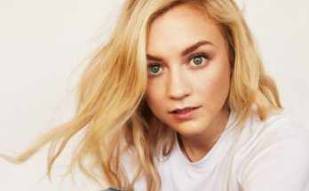 Emily Kinney Without Cosmetics