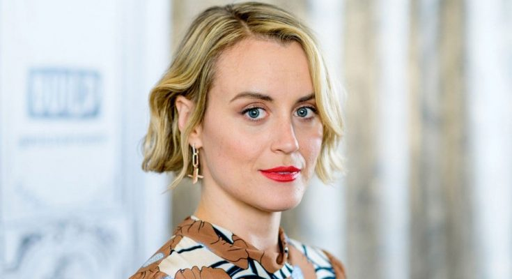 Taylor Schilling Without Cosmetics