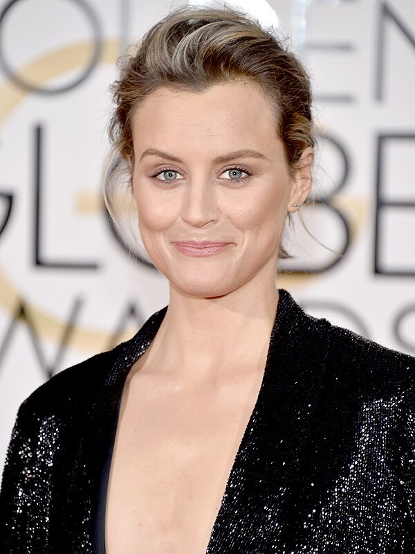 Taylor Schilling Without Makeup Photo